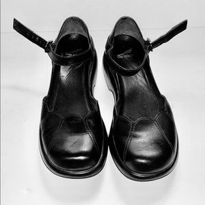 Dansko Mary Jane Lotus Leather Black Size 37